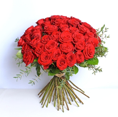 Luxury 50 Red Roses